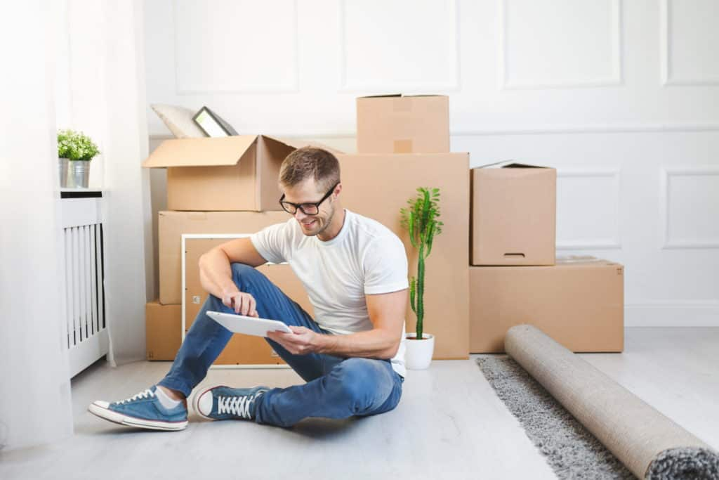 moving-into-a-new-apartment